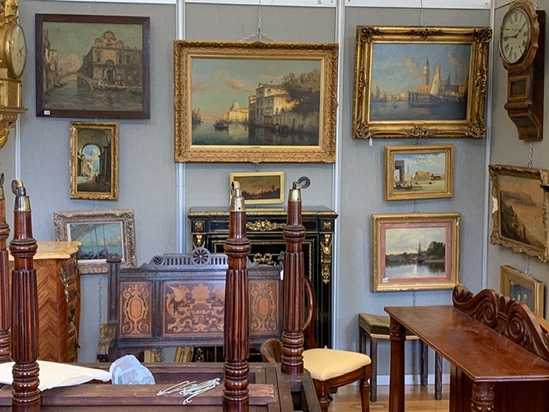 antiques valuer Ripon Yorkshire
